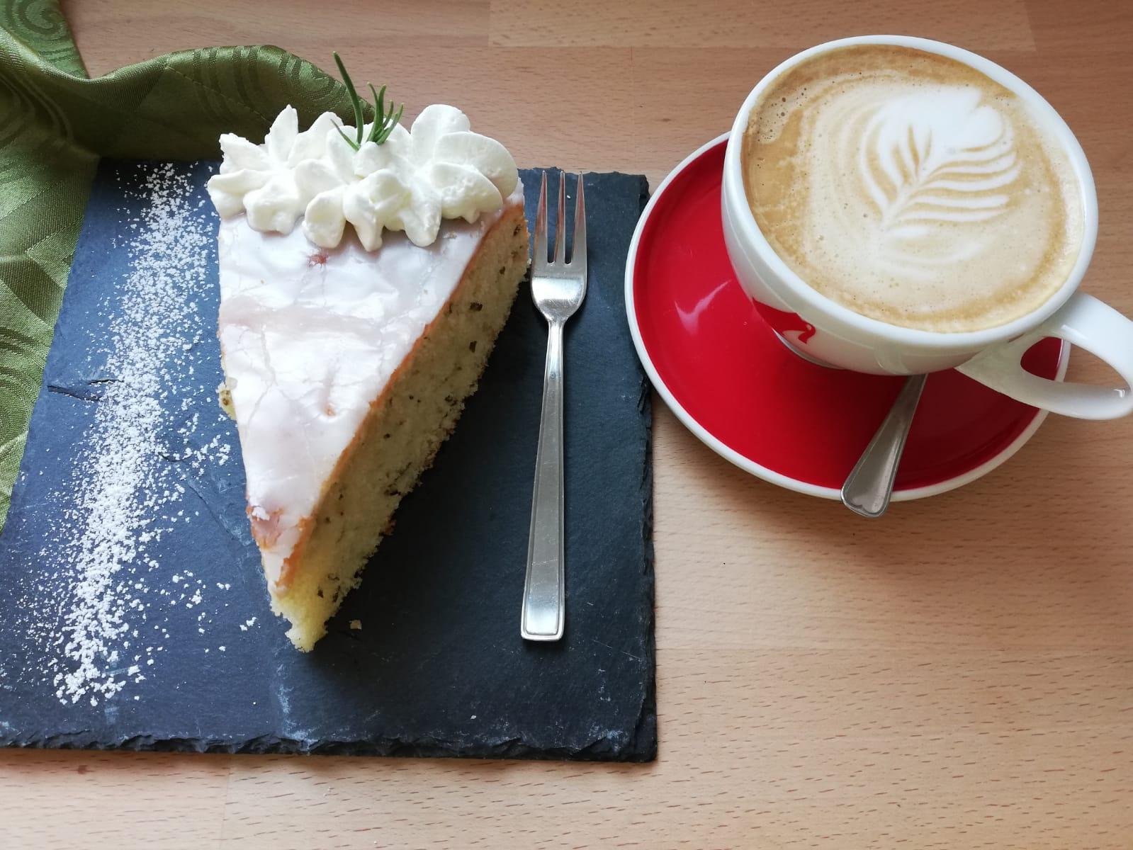 Wieso nicht Kuchen mit Rosmarin?